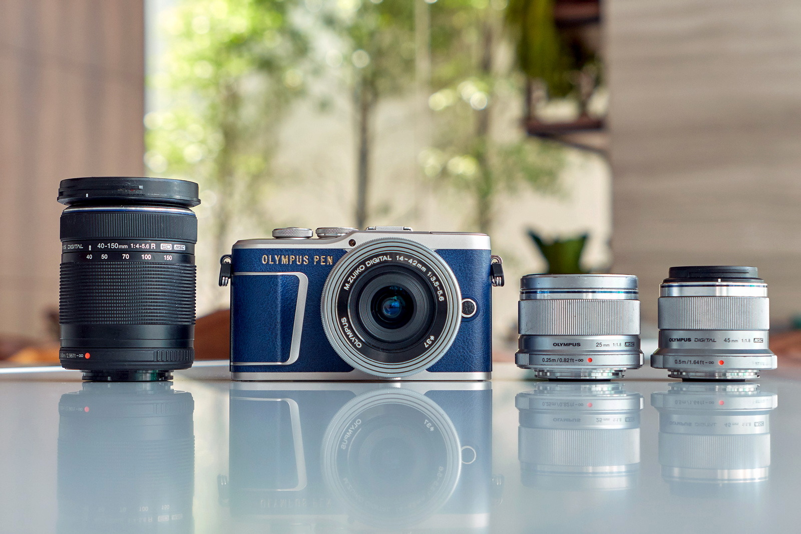 Review The 2018 Olympus E Pl9 Ming Thein Photographer Om D M10 Mark Ii Kit 40 150mm Based On Specifications Is Very Similar To Iii In Terms Of